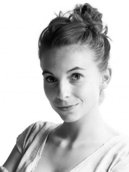 Lara Grand